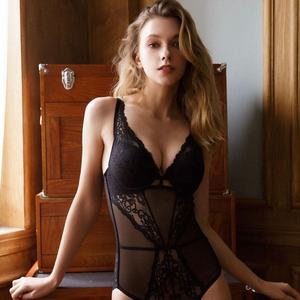 Fashionable Lace Bodysuit Bodycon Sexy Lingerie Underwear Lingerie Bodysuit Lingerie Sexy Hot Transparent